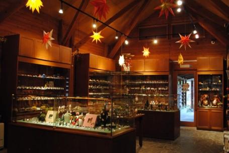» クリスマスフェアは終わらない(1/8まで)/木のおもちゃのお店