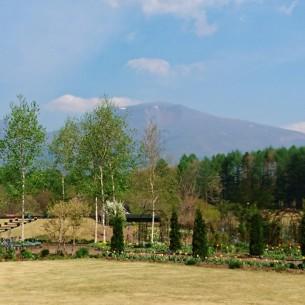 » 風のガーデン浅間ヶ丘で散策とお花畑を楽しもう!WEB限定の宿泊割引特典あります/ホテルバーモラル軽井沢