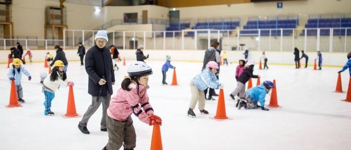 » ちびっこ初心者スケート教室/軽井沢風越公園アイスアリーナ